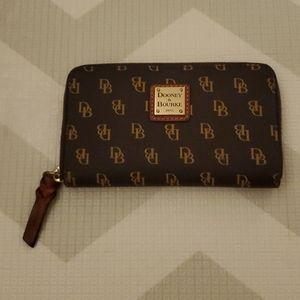 Dooney & Bourke monogram zipper wallet